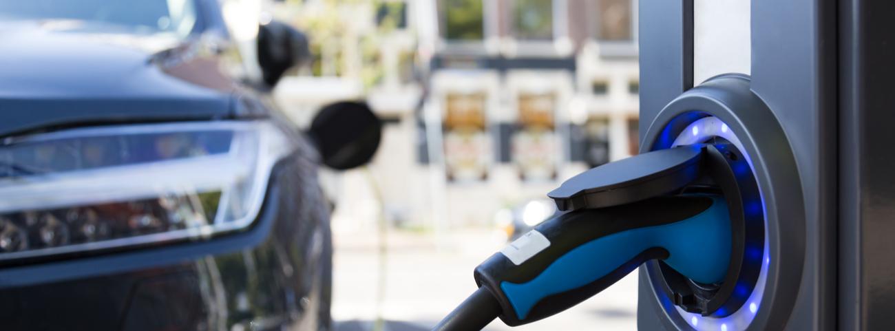 ¿Pensando en comprar un vehículo eléctrico? A cotinuación te presentamos cuáles están disponibles en México incluyendo sus principales características