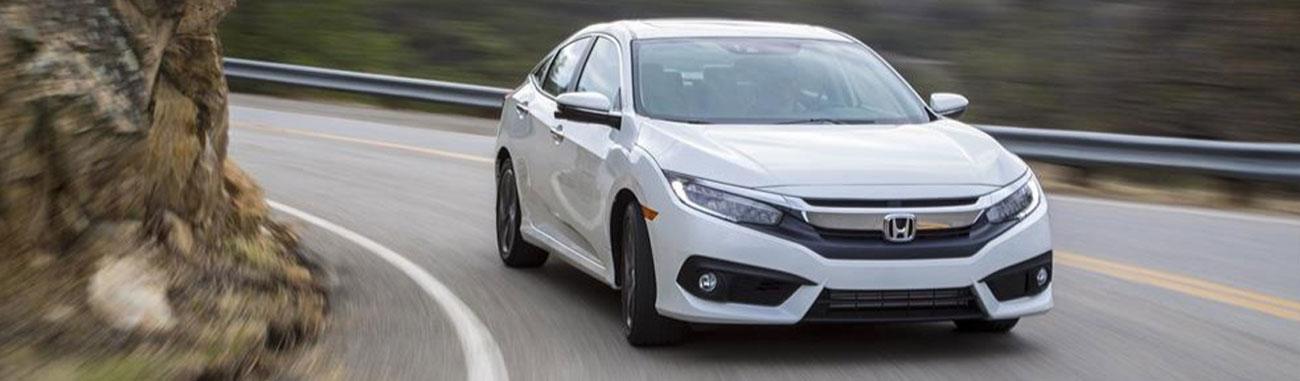 El Honda Civic vuelve con el nuevo Turbo Plus 2017 apuntando a nuevos mercados con su nueva y amplia tecnología en el motor, conectividad y seguridad.