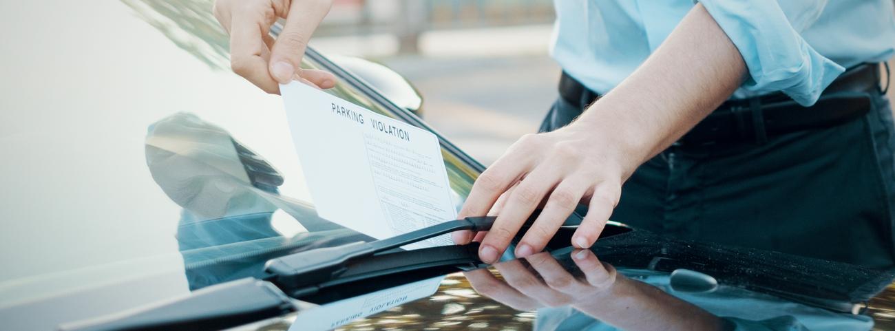Las multas de tránsito DF son incumplimientos en las normas de circulación para vehículos que son realizadas por los conductores por diversos motivos.