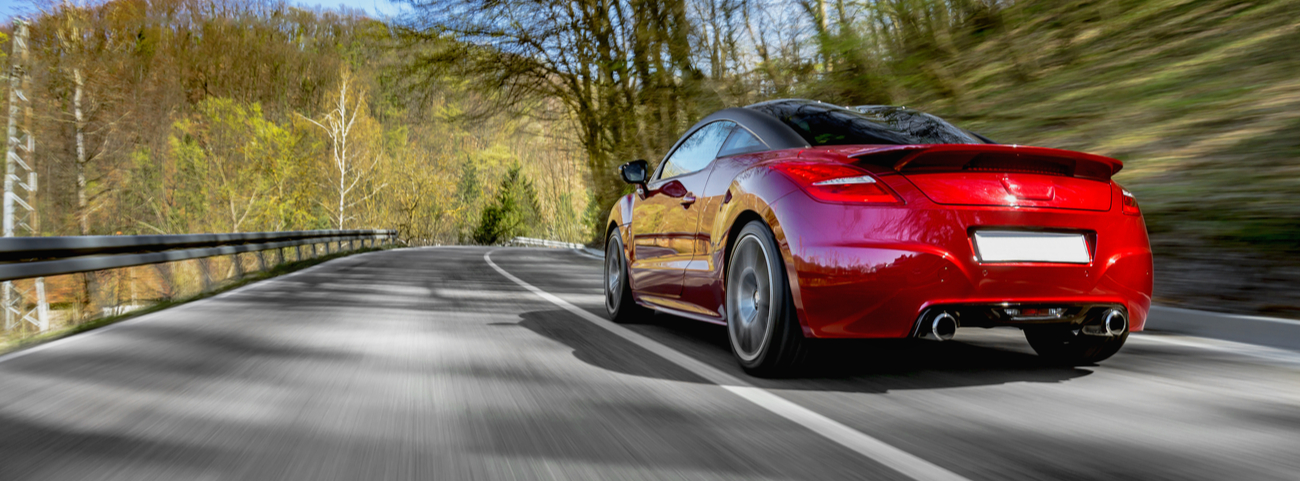 A continuación te mostramos cuáles son los autos deportivos más rápidos del mundo, además de otras características importantes que ayudan a definirlos
