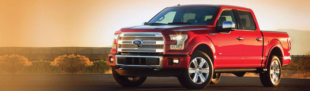 La Ford Lobo 2017 viene con renovaciones integrales que le dan aún más potencia, fuerza de carga y comodidad al interior.
