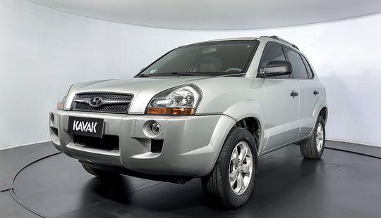 Hyundai Tucson MPFI GL 2WD 2012