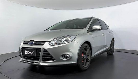 Ford Focus SE PLUS 2014