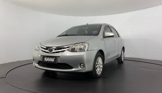 Toyota Etios XLS SEDAN 2014