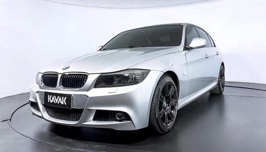 BMW 318i SPORT-2012