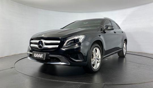 Mercedes Benz GLA 200 CGI VISION TURBO 2015