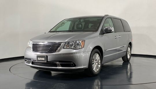 Chrysler Town & Country Limited-2015