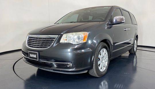 Chrysler Town & Country Limited-2012