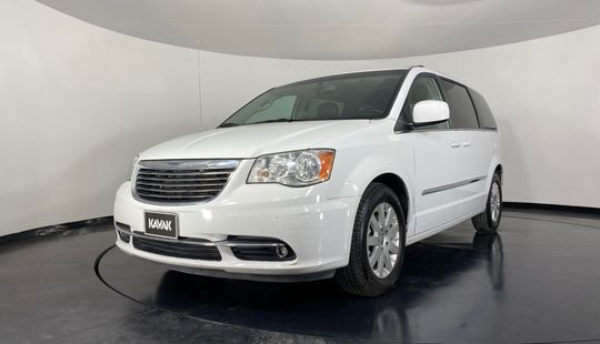 Chrysler Town & Country Touring-2015