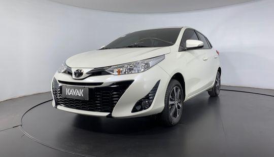 Toyota Yaris XS CONNECT MULTIDRIVE-2020