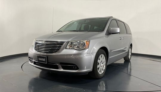 Chrysler Town & Country Touring-2013