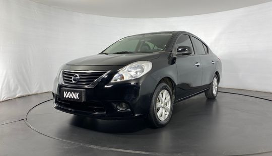 Nissan Versa SL-2014
