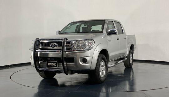 Toyota Hilux Doble Cab-2011