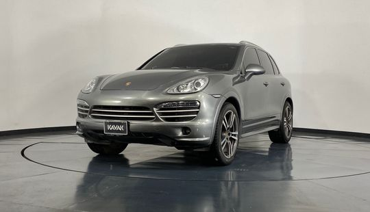 Porsche Cayenne Cayenne Platinum Edition-2014