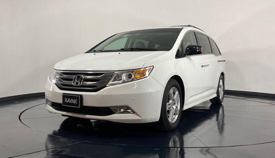 Honda Odyssey Touring-2012