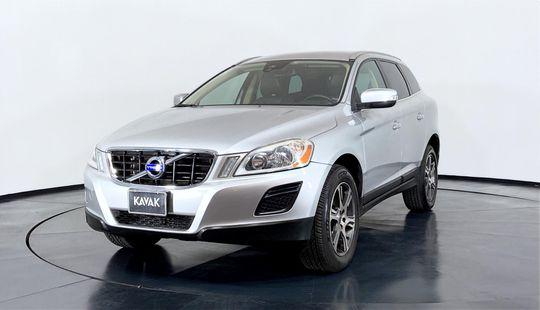 Volvo XC60 Addition T5-2013