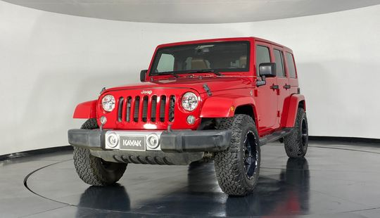 Jeep Wrangler Unlimited Sahara-2014