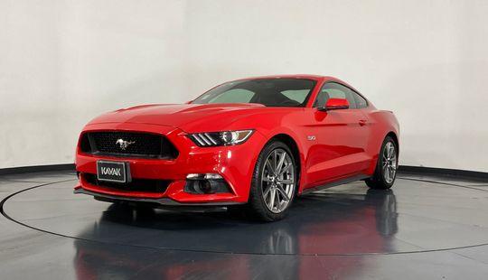 Ford Mustang V8-2016