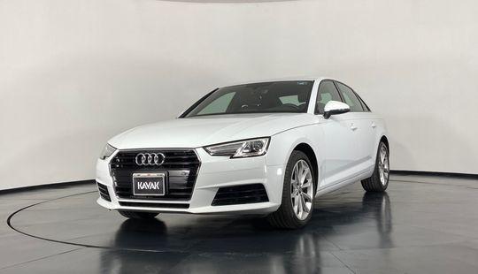 Audi A4 Dynamic 2.0T-2017