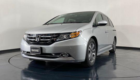 Honda Odyssey Touring-2015