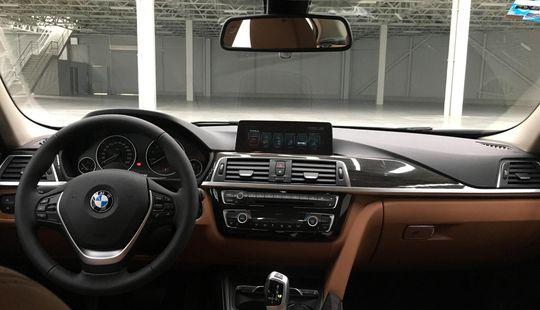 BMW Serie 3 330i Luxury Line 2017