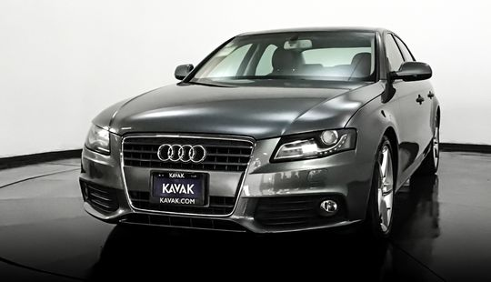 Audi A4 Trendy Plus 1.8T 2012