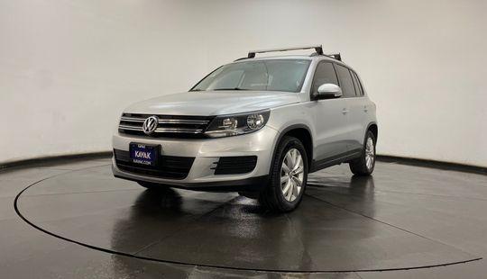 Volkswagen Tiguan Sport y Style 2016