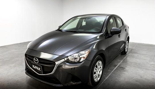 Mazda 2 i TA