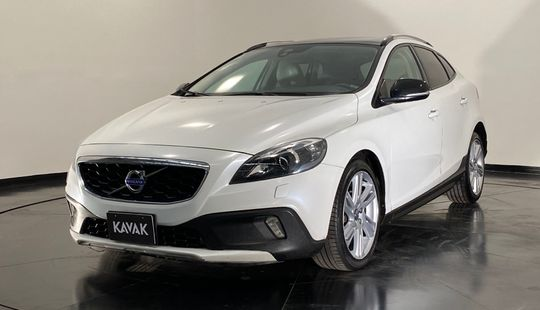 Volvo V40 T5 Evolution Cross Country