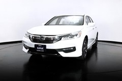 https://images.kavak.services/images/2282/honda-accord-exl-2017-1541615319-1.jpg