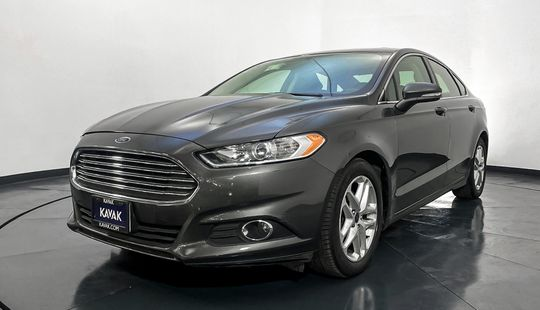 Ford Fusion SE Advance