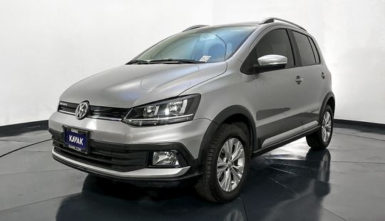 Volkswagen Crossfox Hatch Back