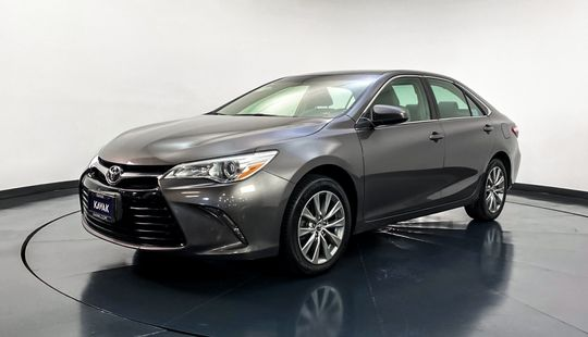 Toyota Camry LE-2015