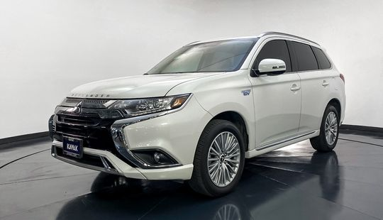 Mitsubishi Outlander PHEV SE-2019