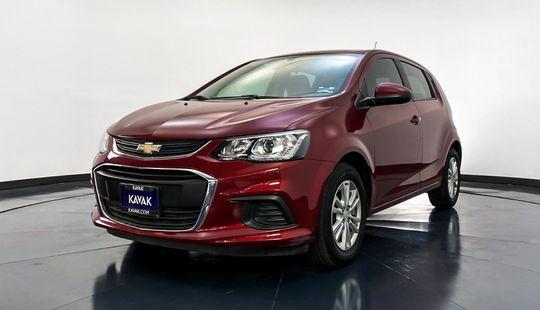 Chevrolet Sonic HB. LT (Cambio de línea) 2017
