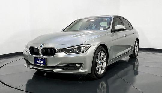 BMW Serie 3 320i Luxury Modern Line y Modern Line 2014