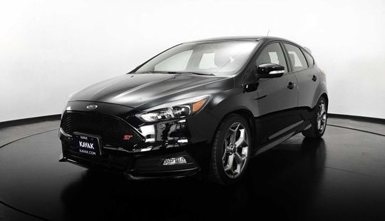 Ford Focus HB ST Ecoboost