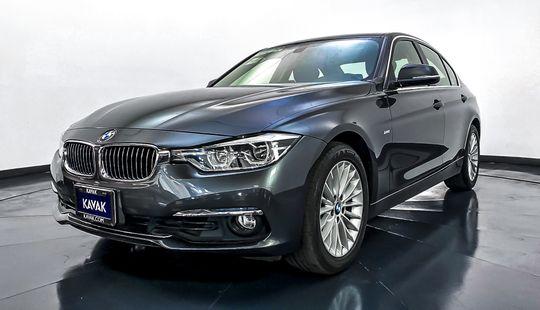BMW Serie 3 320i Luxury Line 2016