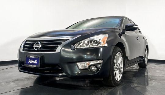 Nissan Altima Advance-2016