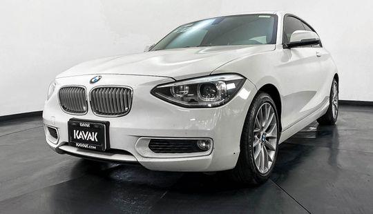 BMW Serie 1 Hatch Back 118i Urban Line 2015