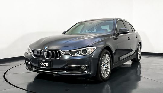 BMW Serie 3 320i Luxury Line y Modern Line 2015