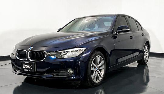 BMW Serie 3 320i Business-2014