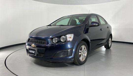 Chevrolet Sonic LT TA (Línea anterior)