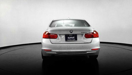 BMW Serie 3 320i Sport Line 2013