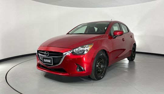 Mazda 2 Hatch Back i