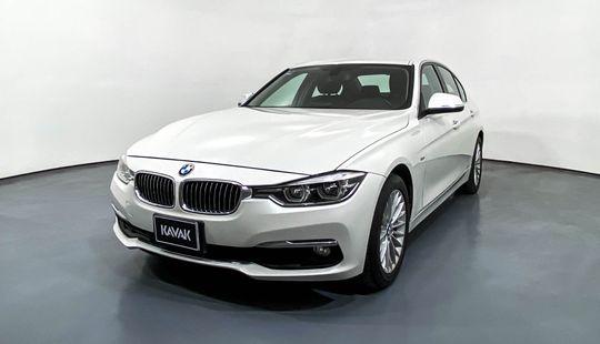 BMW Serie 3 320i Luxury Line-2016