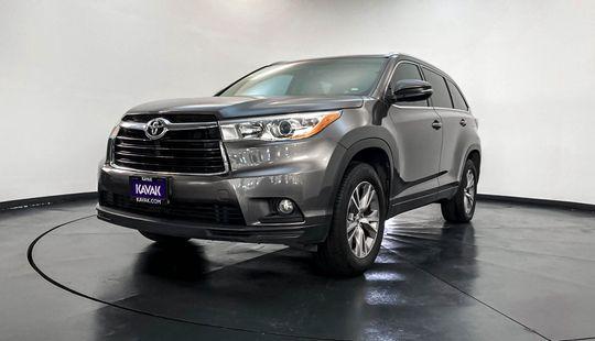 Toyota Highlander XLE-2015