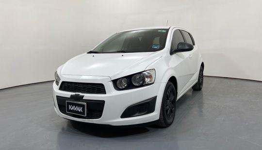 Chevrolet Sonic HB. LT TM5 (Línea anterior)