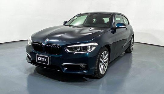 BMW Serie 1 Hatch Back 120i Urban Line 2016