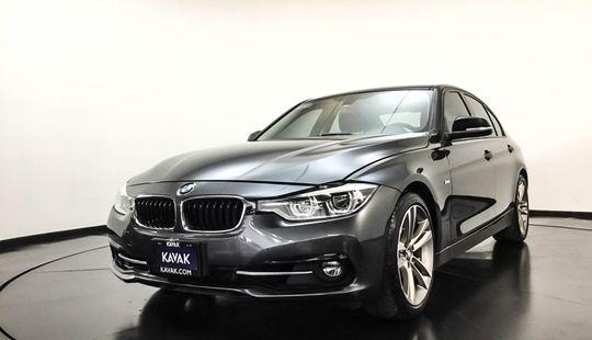 BMW Serie 3 330i Sport Line